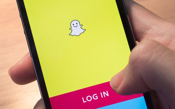 Who controls snap post ipo