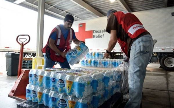 WSFA 12 News and Red Cross hold Hurricane Harvey Relief Drive