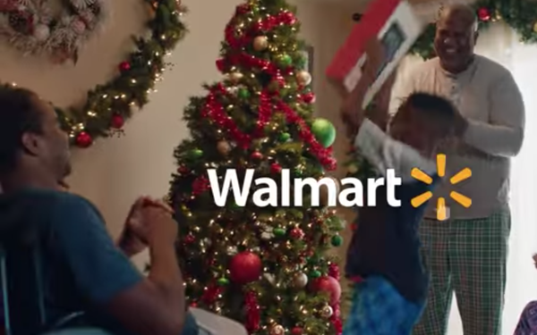 while many retailers are entering the holiday period worried about how theyll keep up with online competitors wal mart corp just posted - What Time Do Walmart Close On Christmas Eve