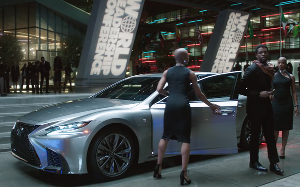Lexus Black Panther     Free Wallpaper HD Collection