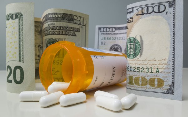 Trump Wants Drug Prices In TV Ads, But It Will Take A