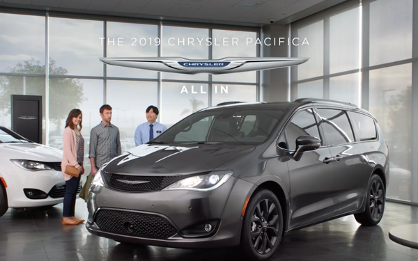 Chrysler Enlists Jamie Foxx To Be Minivan's Voice