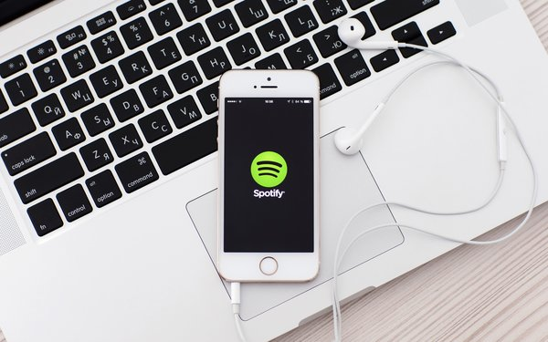 Apple Music Passes Spotify In Paid Subscribers: Report 04/08/2019