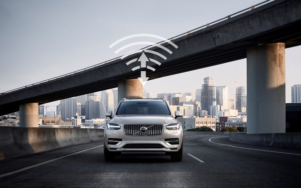 Volvo Teams On 5G For Cars