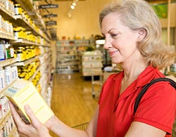 Baby-Boomer-Grocery-Shopping