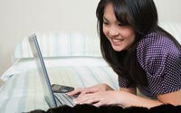Laptop-Asian-Girl-A