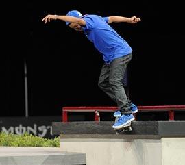 Chervolet-Skateboarding-B