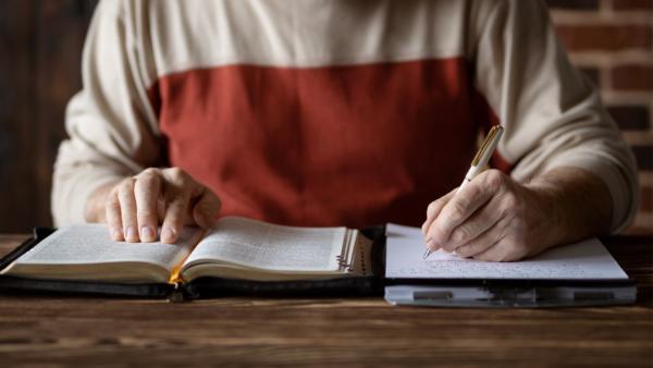 Pastor Search Web