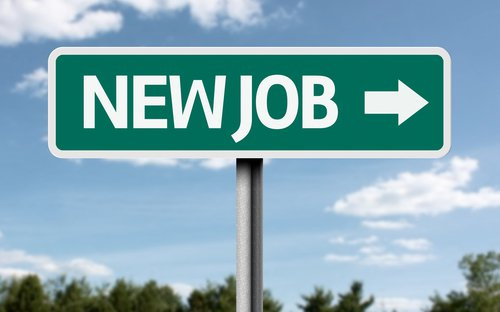 Hire me: 5 ideas to land a job using social media in 2014