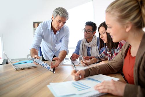 6 essentials for a successful public relations internship program