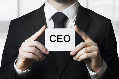 Does the CEO actually write his own tweets? Acquiring an executive communications mindset