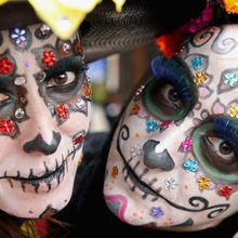 El Dia de los Muertos is more than sugar skulls and face painting - I4U News