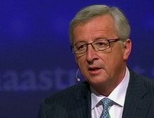 Cameron suffers defeat in Brussels as leaders chose Juncker for top EU job