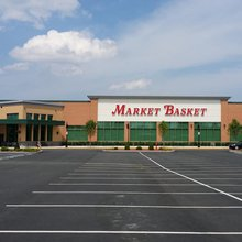 Tired of Being Ignored, Mayors Push Back Against Market Basket