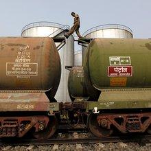 Petroleum ministry may put brakes on railways' crude oil import plan - Infracircle