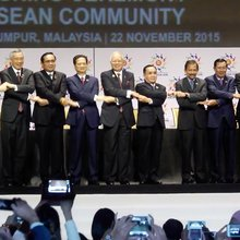 VLOG: ASEAN, China agree to conclude sea pact