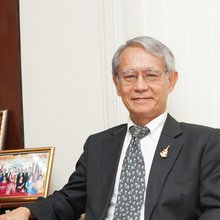 Thailand's Scientist In Office