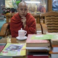 Buddhistisk munk: - Dalai Lama er en frastøtende figur
