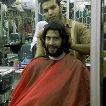 Guy walks into Egyptian shop with a beard, leaves with a ...