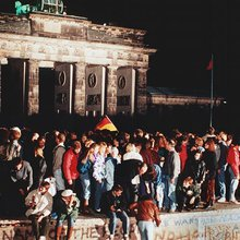 """Memories of the Fall of the Wall: """"It makes me cry"""" 