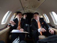 Behind the scenes with Butch Jones and UT's coaches: Jokes, stories and pronunciation work