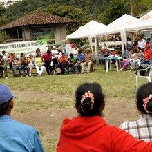 Los campesinos ecuatorianos que expulsaron a dos multinacionales mineras