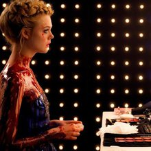 The Neon Demon tries to both fetishize and vilify young girls. It fails.