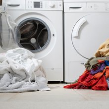 Exactly How Often You Should Wash Your Clothes-According To A Stink Scientist - Organic Life