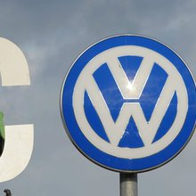 VW sets fresh record with historic car buy back - FT.com