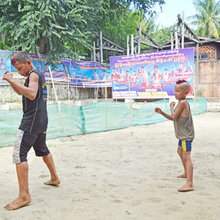 Kid fight Brave Elephant and Champion: lethwei's youngest stars