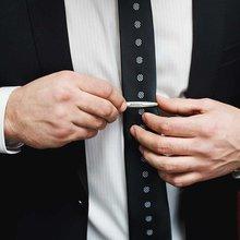 The dress decoder