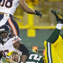 Chicago Bears Talking Contract Extension With OLB Willie Young