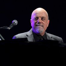 Billy Joel on Texas Avenue