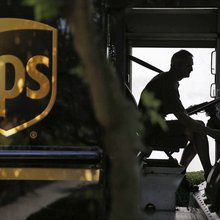 For UPS, E-Commerce Brings Big Business and Big Problems
