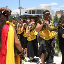 Hawaiians create 49-foot lei for Orlando shooting victims