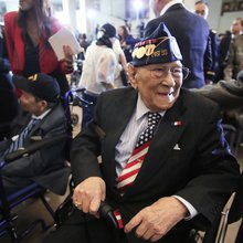 """Congressional Gold Medal for Filipino World War II vets is an honor """"75 years in the making"""""""