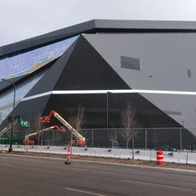 Comparing The Vikings' New U.S. Bank Stadium to Metrodome