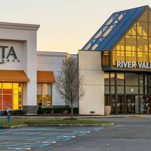 Sign of the Times: Landlords Sell Weak Malls Online