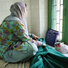 Coping With Mental Illness, Two Kashmiri Women Explore Effectiveness of Spiritual, Psychiatric Tr...