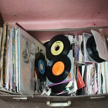 Broken Records - The Manifest-Station