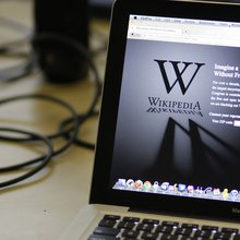 Wikipedia needs new leadership: Column