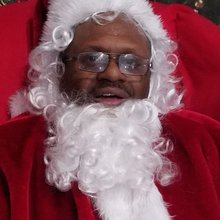 Racine's black Santa brings diversity to the area