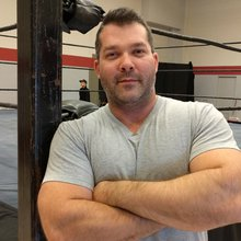 'Jump in with both feet': Thunder Bay pro wrestler hits the ring in his hometown