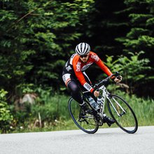How to master descents (video) - Cycling Weekly