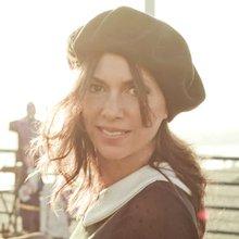 write on music: Susanna Hoffs: A Bangle Finds Balance