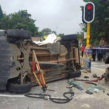Fifteen to 20 children injured in collision