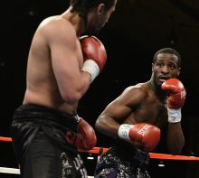 DC boxer seeks his own path to glory