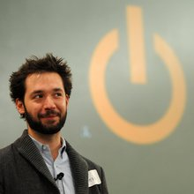 Live video chat with Reddit's Alexis Ohanian on Thursday