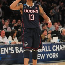 NCAA Tournament: Shabazz Napier inspires UConn past Michigan State, into Final Four