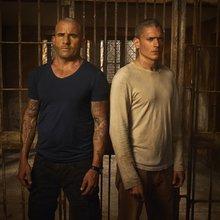 'Prison Break' cast, crew talks their latest escape - 12 years later